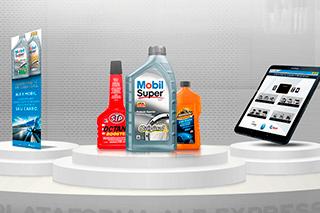 Tablet com plataforma de gestão para postos de combustível com lubrificantes Mobil ao lado